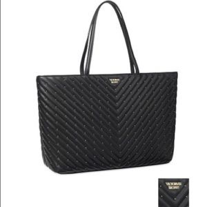 NWT VS Studded V-Quilt Everything Tote